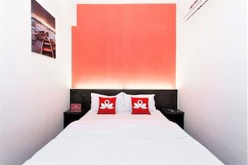 ZEN Rooms Basic Near KTM Sentul