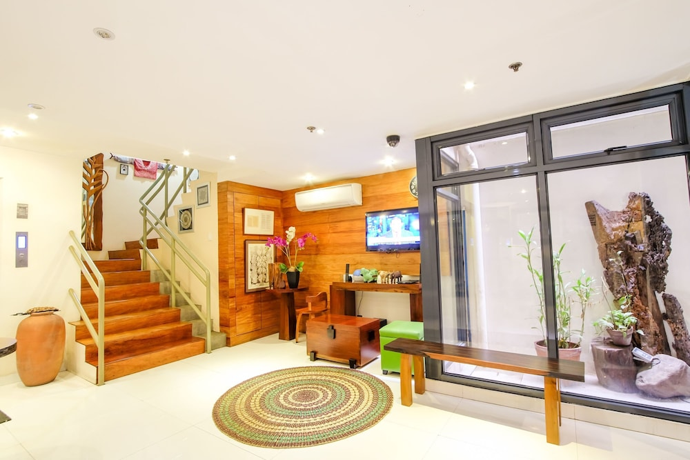 Zen Rooms Suez Street Makati Makati Phl Expedia Com Ph