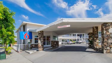 Motel 6 San Bernardino, CA - Downtown