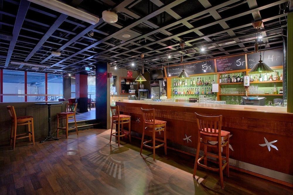 Bar de l'hôtel sport   spa hotel vesileppis