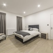 Canning Town Apartment - Hostel