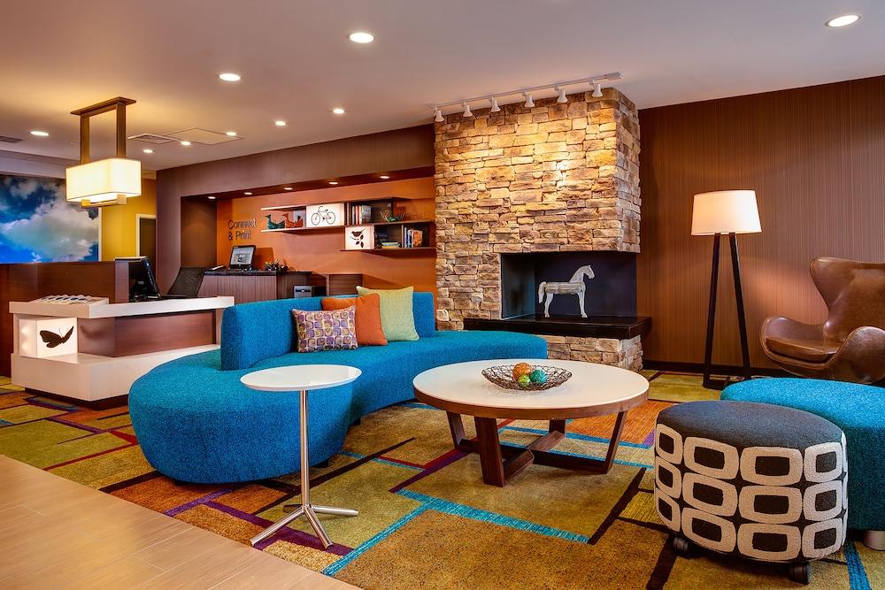 Fairfield Inn Suites By Marriott Hollister Room Prices - Hollister car show 2018