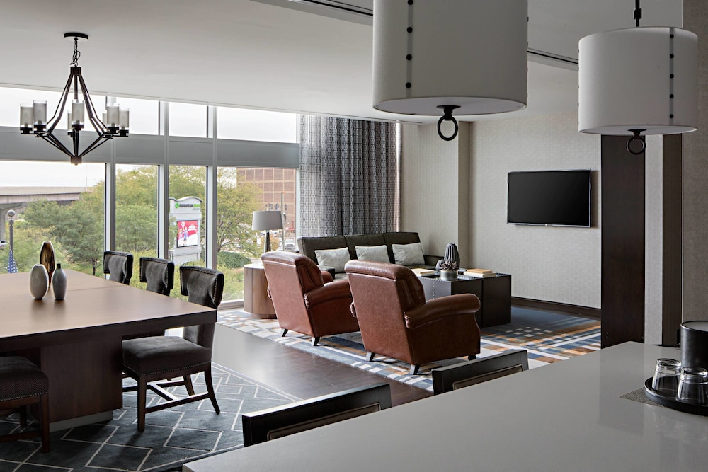 Room, Omaha Marriott Downtown at the Capitol District