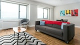 Chic 1BR in Downtown MTL by Sonder - Montreal Hotels