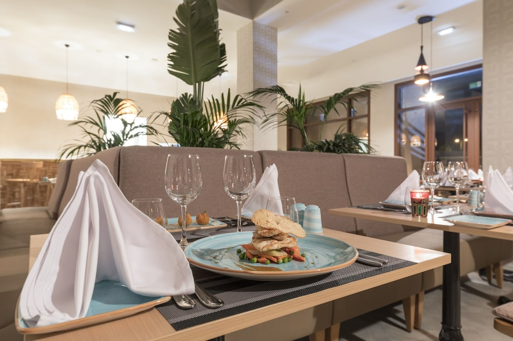 Restaurant, Be Live Experience Marrakech Palmeraie - All Inclusive