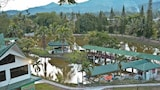Tandarason Resort & Country Club - Tambunan Hotels