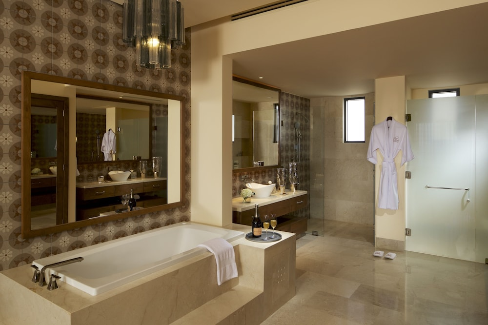 Bathroom, Grand Solmar at Rancho San Lucas Resort