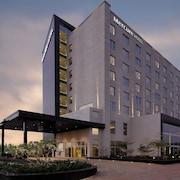Cheap Hotels in Arakkonam: Get the CHEAPEST Hotel Deals | CheapTickets