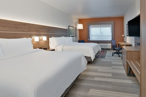 Holiday Inn Express And Suites Plano East