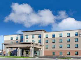 Holiday Inn Express & Suites Atchison, an IHG Hotel