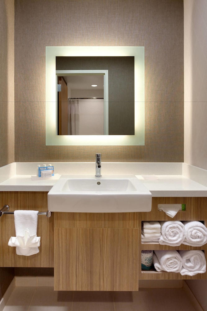 Bathroom, SpringHill Suites by Marriott Moab