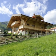 Mountain Top Chalet