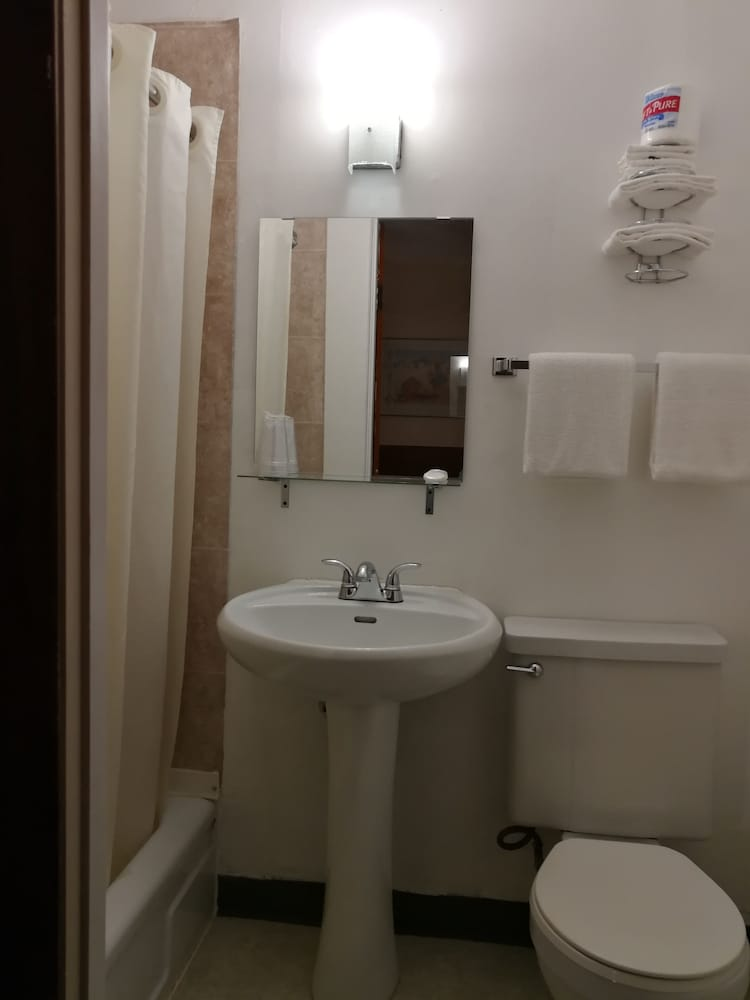 Bathroom, STAR MOTEL
