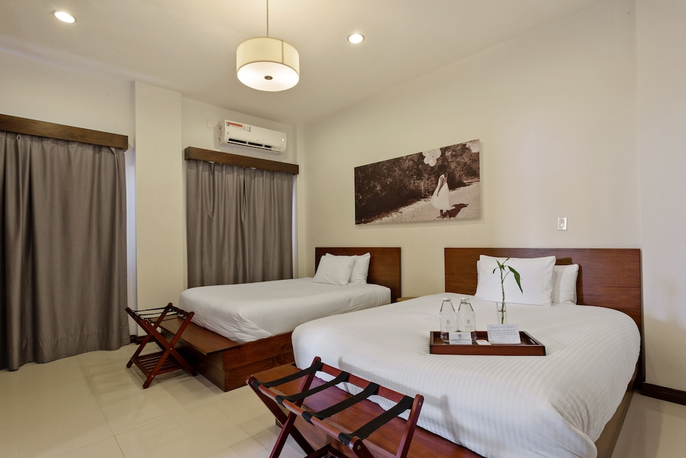 Room, The Ellysian Boutique Hotel