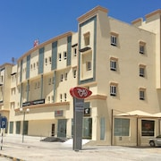 zaki hotel apartments