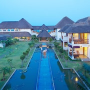 Le Pondy Beach & Lake Resort