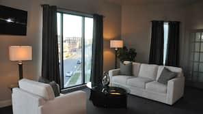 1 bedroom, premium bedding, minibar, individually decorated
