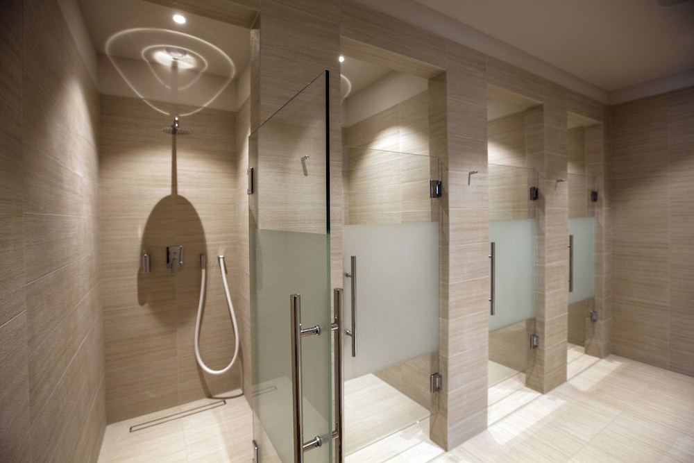 Vichy Shower, Delta Resort Apartments