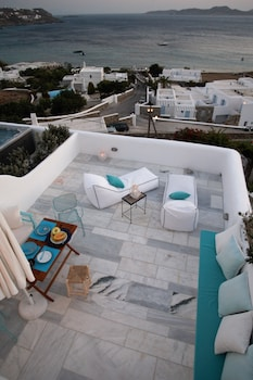 Mykonos Moussa Suites