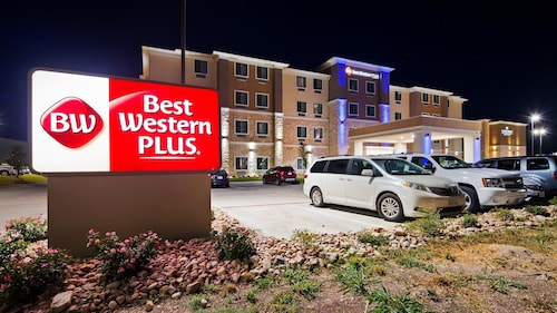 Great Place to stay Best Western Plus Buda Austin Inn & Suites near Buda