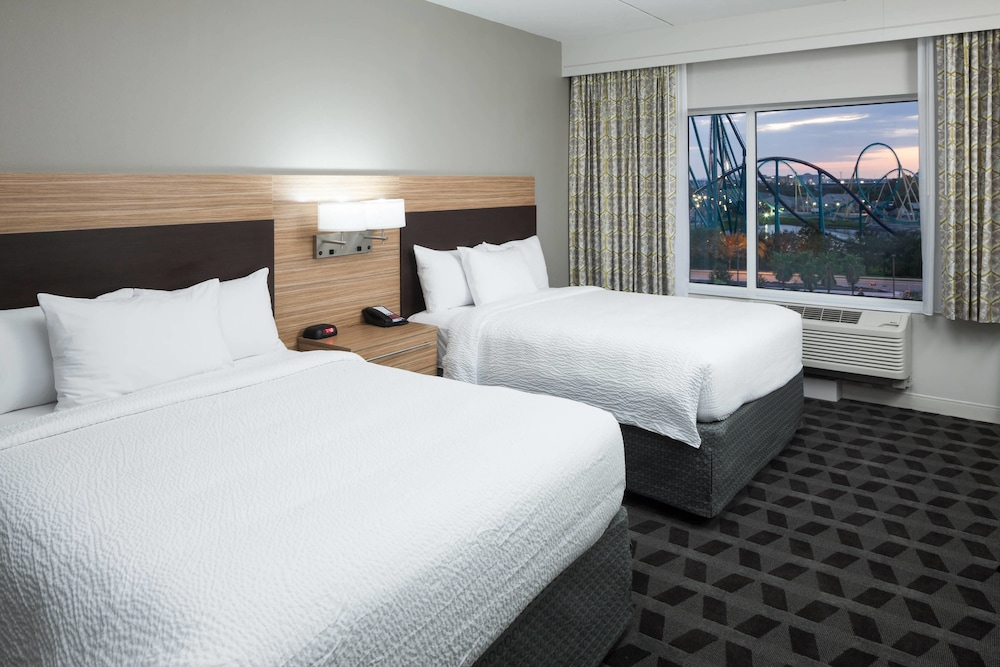 Room, TownePlace Suites by Marriott Orlando at SeaWorld