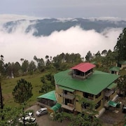 Corbett Hill Resorts Lansdowne