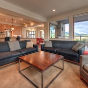 Beaverhead Luxury Suites by Big Sky VR