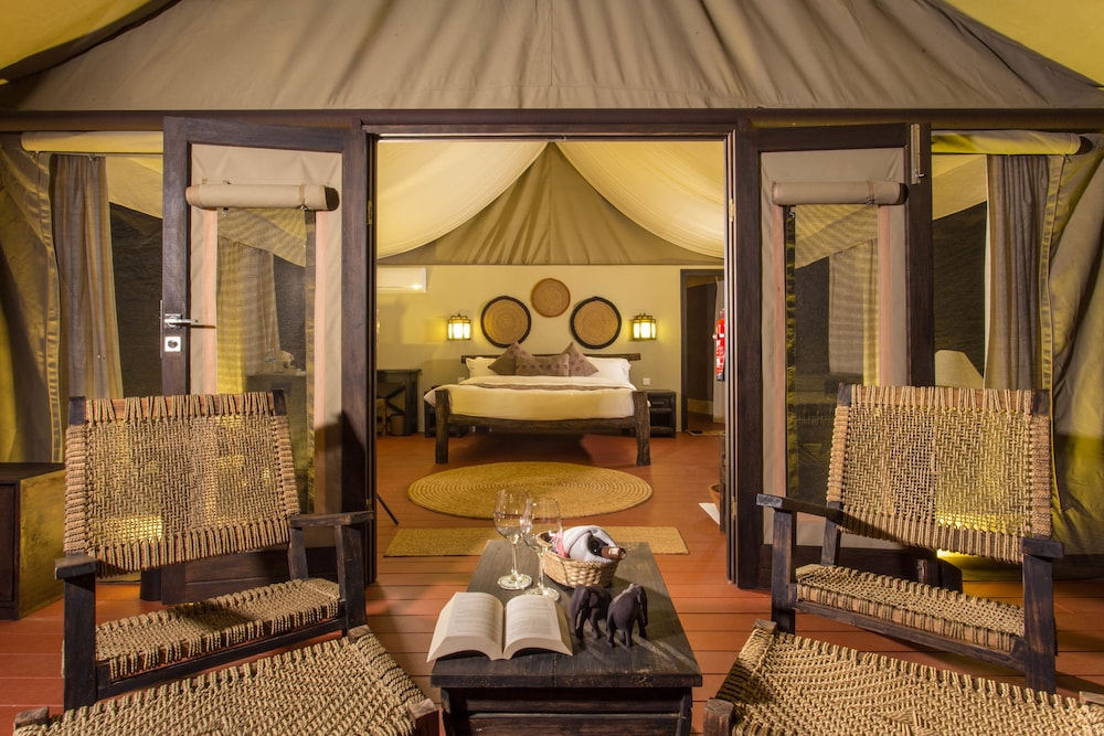 Featured Image, Jagatpur Lodge - Chitwan National Park