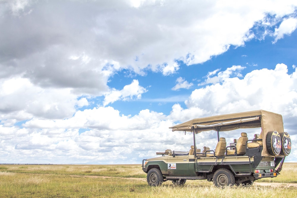 Game Viewing, Mawe Luxury Tented Camp