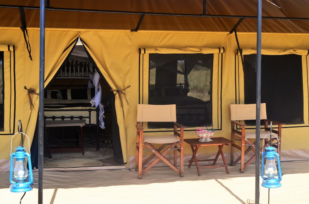 Room, Mawe Luxury Tented Camp