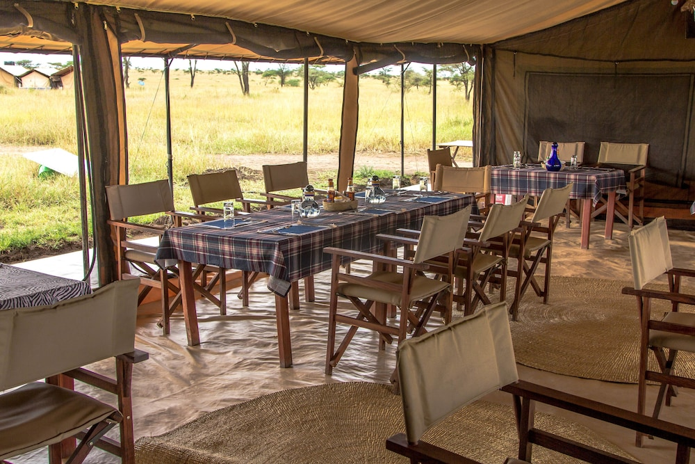 Restaurant, Mawe Luxury Tented Camp