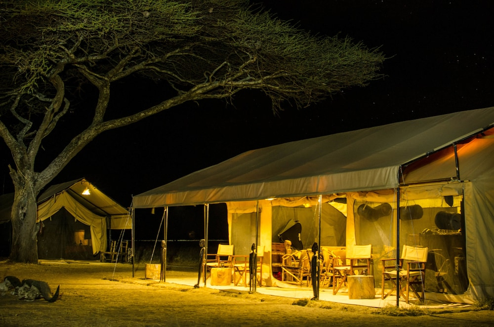 Reception Hall, Mawe Luxury Tented Camp