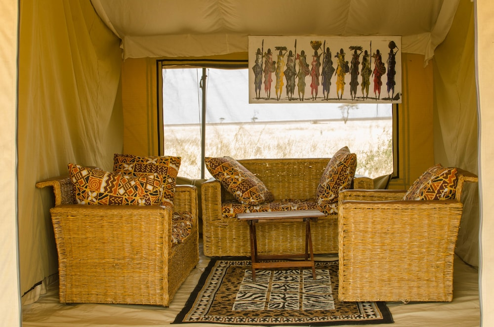 Living Room, Mawe Luxury Tented Camp