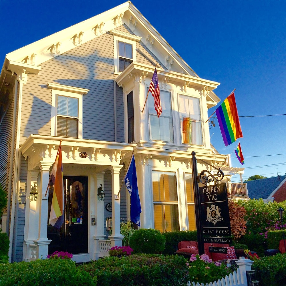 Queen Vic Guest House Provincetown Adults Only: 2019 Room