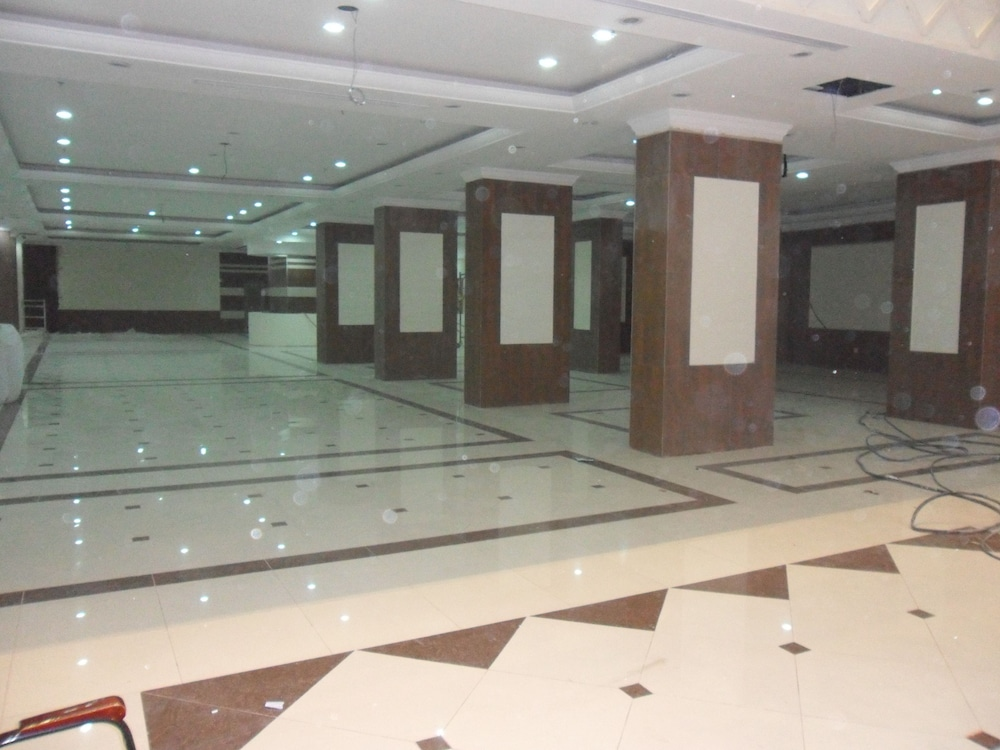 Reception, Bakkah Al Salah