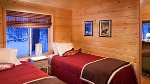 2 bedrooms, premium bedding, free cribs/infant beds, rollaway beds