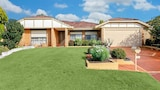 Murdoch Station Bed and Breakfast - Leeming Hotels