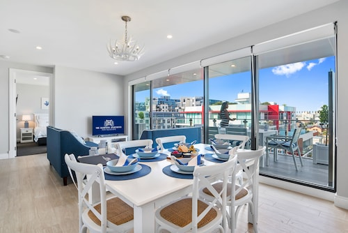 The Hamptons Apartments - Port Melbourne