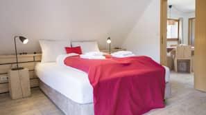 1 Schlafzimmer, hochwertige Bettwaren, Bügeleisen/Bügelbrett