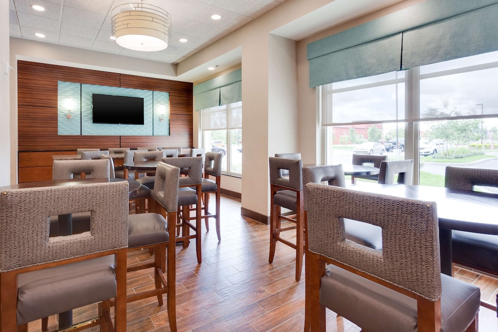 Restaurant, Drury Inn & Suites Fort Myers Airport FGCU