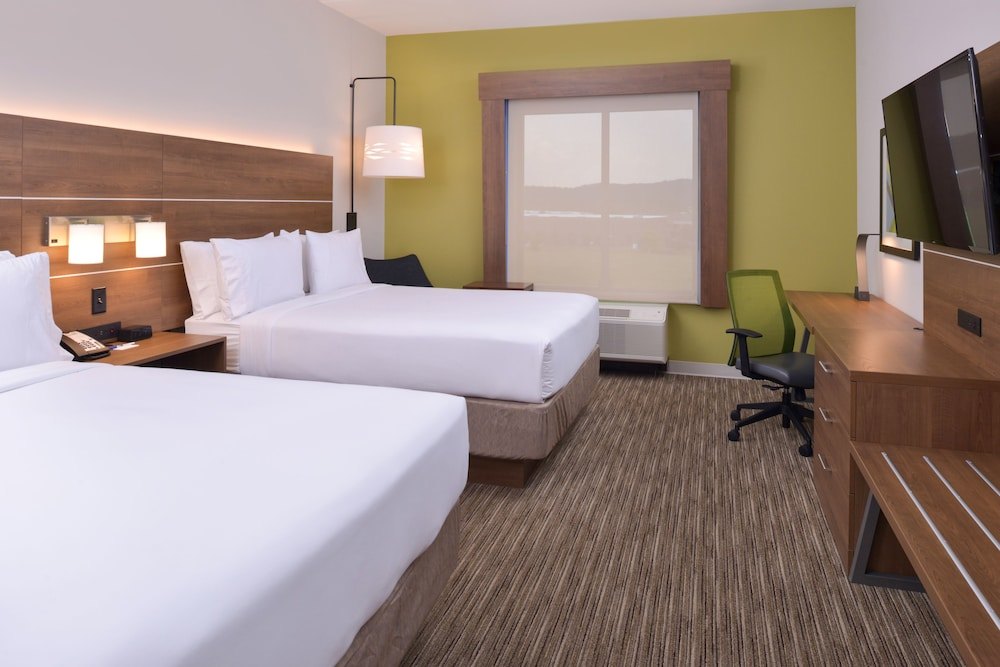 Room, Holiday Inn Express Spring Hill