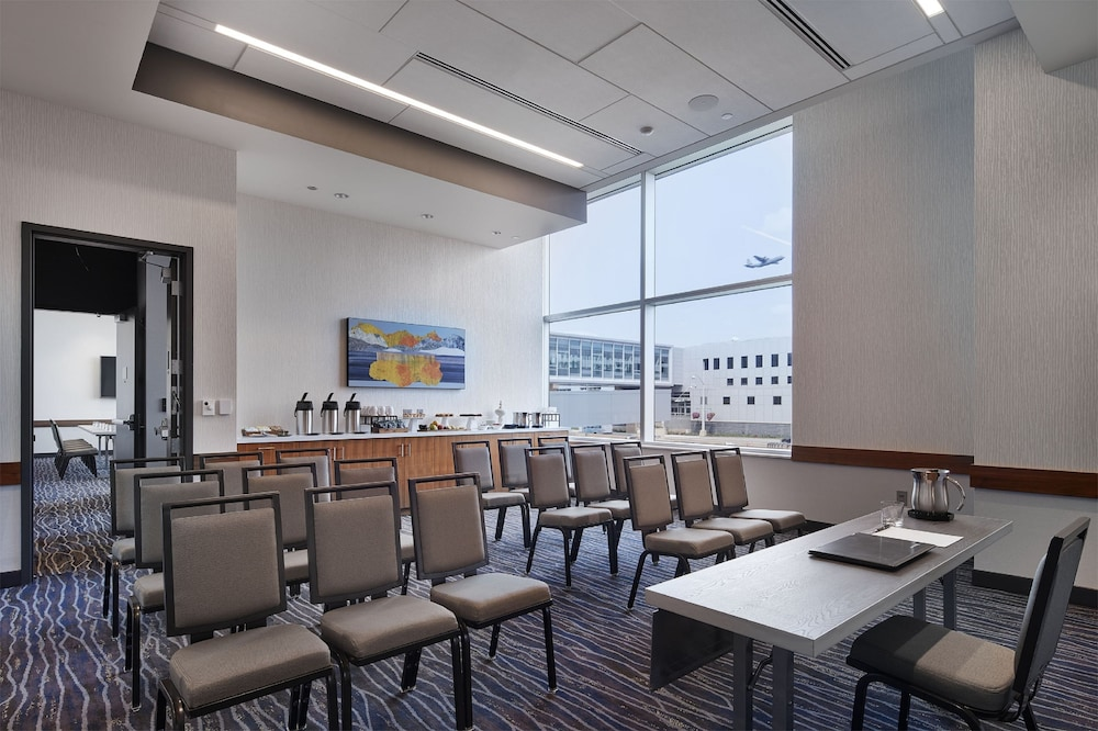 Meeting Facility, InterContinental Minneapolis - St. Paul Airport, an IHG Hotel