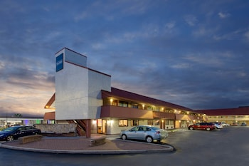 Travelodge by Wyndham Chicago - South Holland