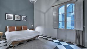 1 bedroom, premium bedding, free minibar items, iron/ironing board