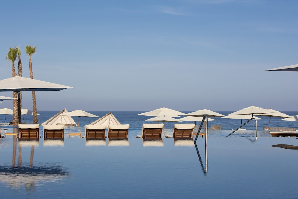 Infinity Pool, Residence by Krystal Grand All Inclusive