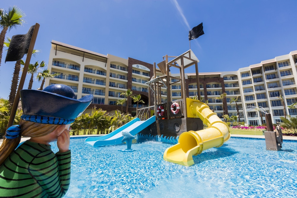 Children's Pool, Residence by Krystal Grand All Inclusive