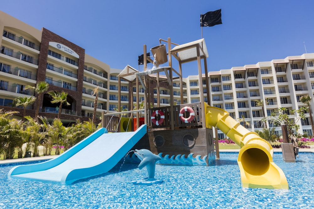 Water Park, Residence by Krystal Grand All Inclusive