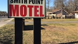 Smith Point Motel - Shirley Hotels