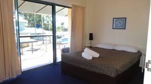 Premium bedding, minibar, iron/ironing board
