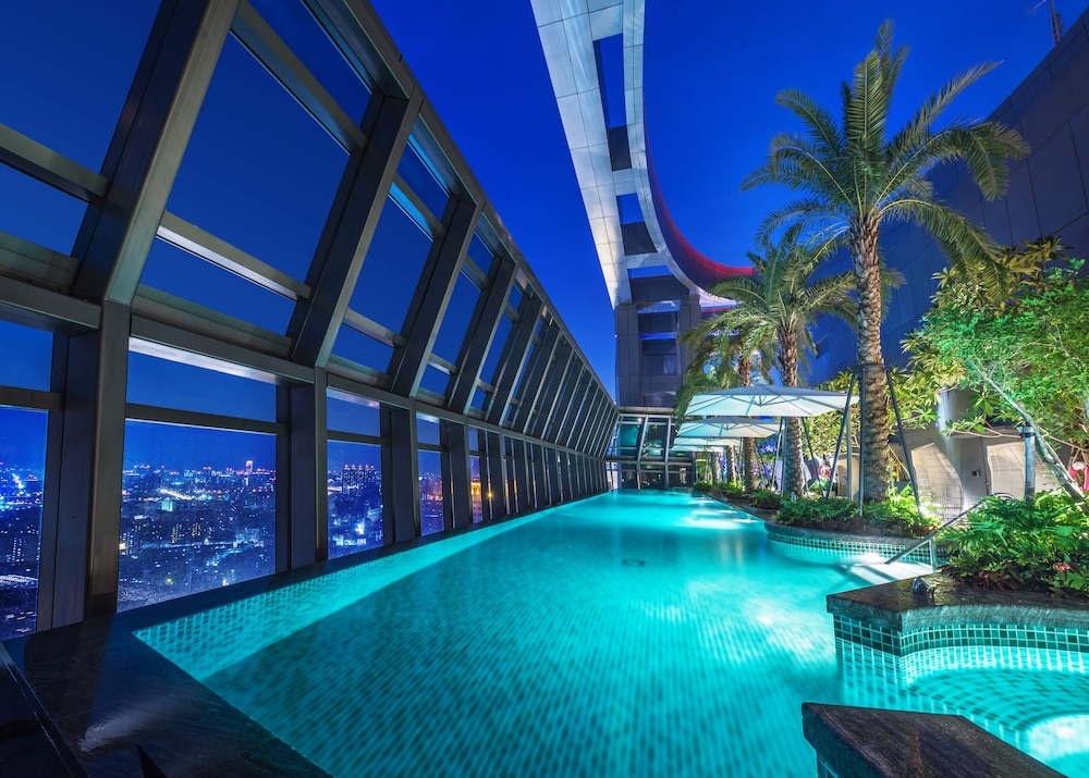 Infinity Pool, Caesar Park Hotel Banqiao